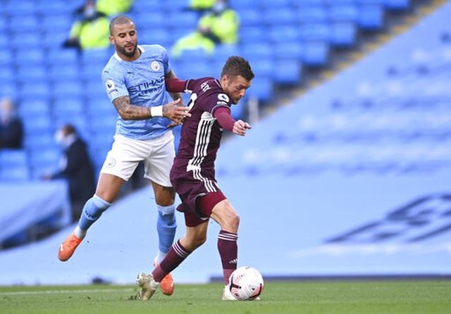 Nhìn lại thất bại đắng ngắt của Man City trước Leicester - 6