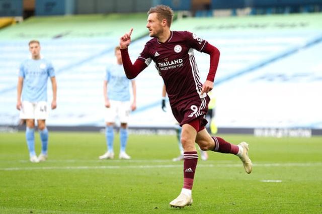 Nhìn lại thất bại đắng ngắt của Man City trước Leicester - 10