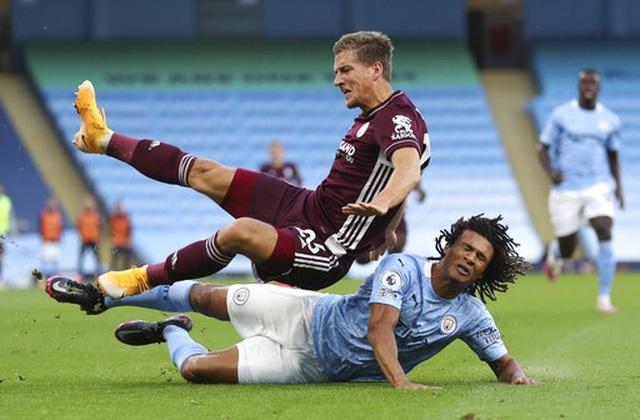 Nhìn lại thất bại đắng ngắt của Man City trước Leicester - 4