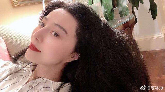 Nhan sắc tuổi 39 của nữ hoàng giải trí Phạm Băng Băng - 19
