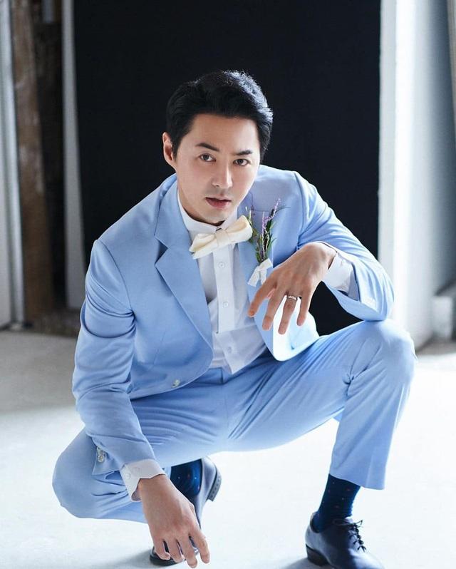 Thành viên nhóm Shinhwa làm chú rể ở tuổi 40 - 9