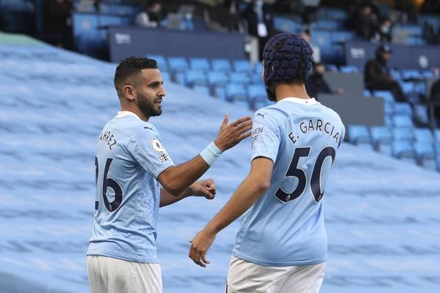 Nhìn lại thất bại đắng ngắt của Man City trước Leicester - 3