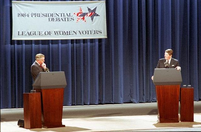 Những màn đấu khẩu trong tranh luận tổng thống Mỹ - 4