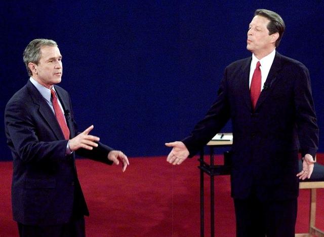 Những màn đấu khẩu trong tranh luận tổng thống Mỹ - 8