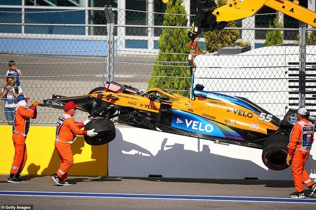 Russian Grand Prix 2020: Hamilton sảy chân, ai chớp được cơ hội? - 7