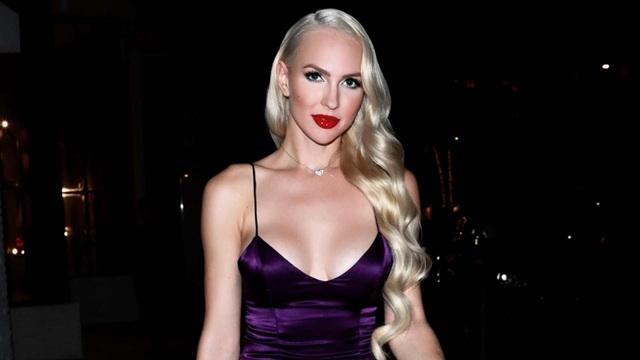 Người đẹp Christine Quinn diện váy hở bạo - 8