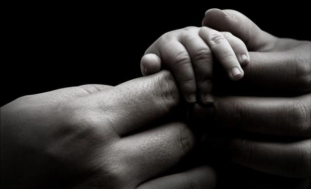 Cô gái chiến đấu với ung thư khi đang mang thai - 1