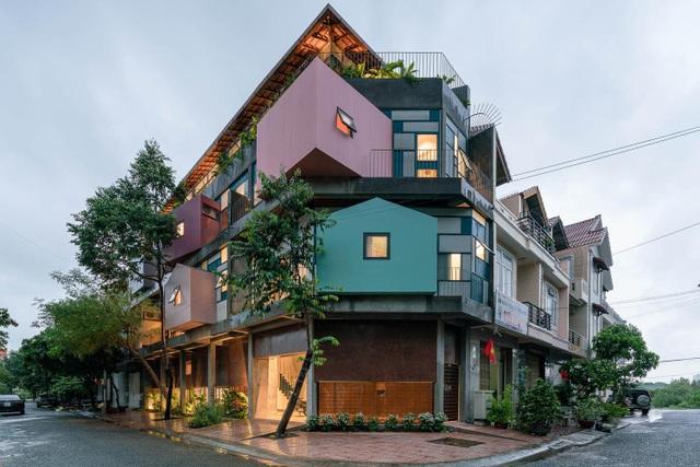 Căn nhà như những tổ chim nhiều màu sắc độc lạ ở Vũng Tàu - 1