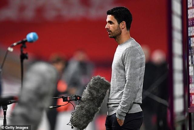 Arsenal muốn bán 11 cầu thủ sau trận thua Liverpool - 1