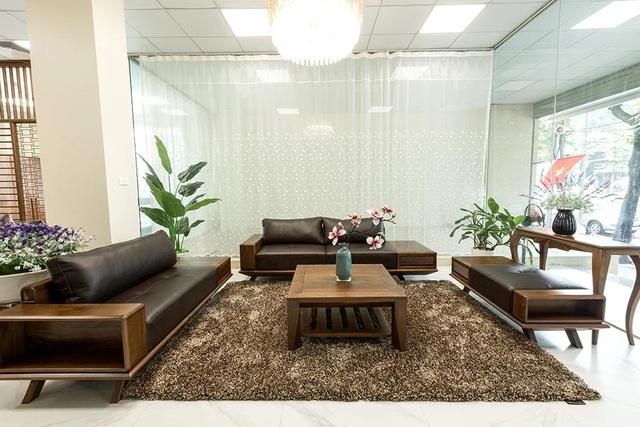 Ngắm nhìn 4 mẫu sofa gỗ óc chó cho phòng khách thêm sang trọng - 2