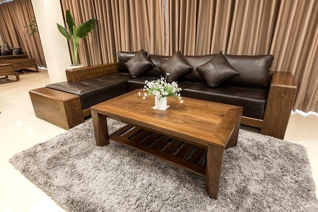 Ngắm nhìn 4 mẫu sofa gỗ óc chó cho phòng khách thêm sang trọng - 3