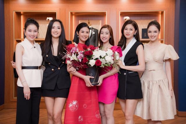 Không chỉ hoãn đám cưới, Hoa hậu Ngọc Hân còn bị thiệt hại kinh tế vì dịch - 5