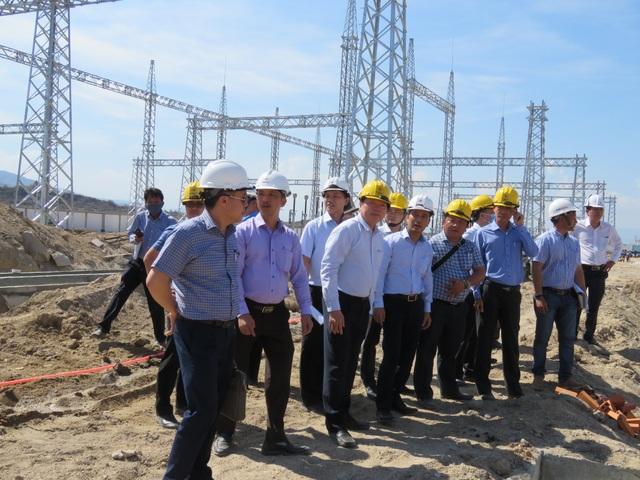 EVNNPT tập trung nguồn lực giải phóng công suất năng lượng tái tạo - 1