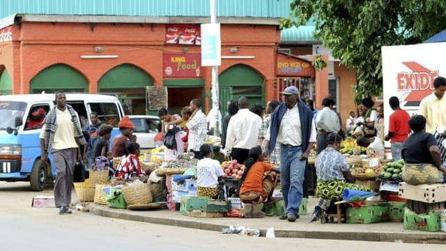 Các nước châu Phi đồng loạt xin khoanh nợ, Trung Quốc lao đao - 3