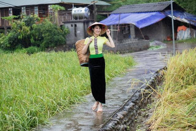Hoa hậu Du lịch Châu Á mê đắm vẻ đẹp mùa thu Tú Lệ, Mù Cang Chải - 12