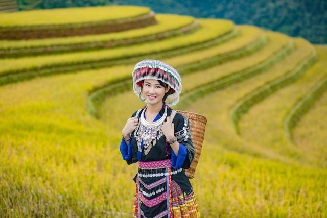 Hoa hậu Du lịch Châu Á mê đắm vẻ đẹp mùa thu Tú Lệ, Mù Cang Chải - 7