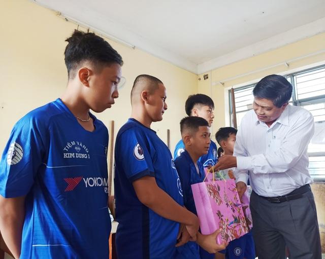 Sở LĐ-TBXH Bạc Liêu thăm, tặng quà cho trẻ em dịp Tết Trung thu - 1