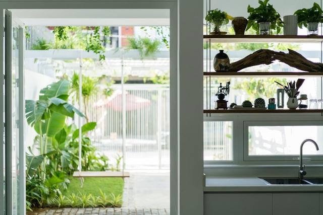 Ngôi nhà có không gian như công viên cây xanh ở ngoại ô Đà Nẵng - 1