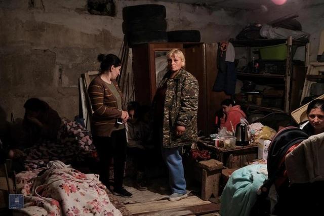 Cảnh tan hoang tại điểm nóng xung đột Azerbaijan - Armenia - 15