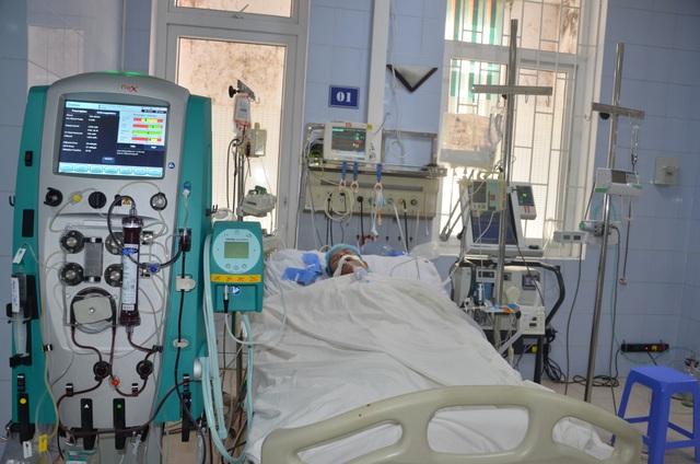 Người đàn ông suýt bị đưa về lo hậu sự được bạn đọc giúp đỡ đã hồi sinh - 2