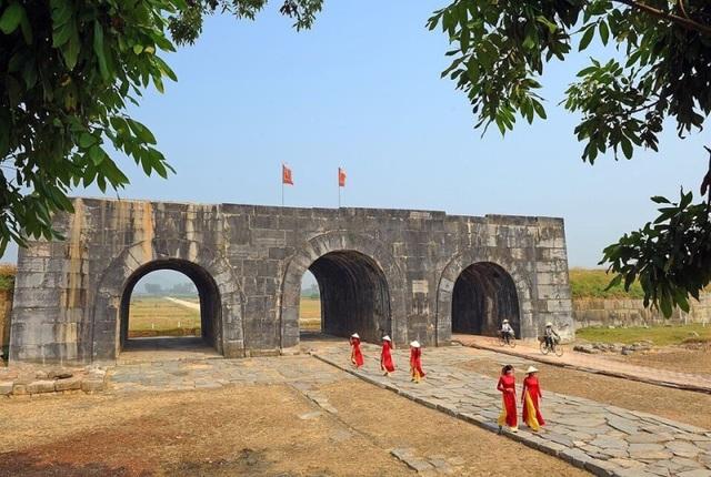 Giảm giá vé tham quan công trình kiến trúc độc nhất vô nhị tại Việt Nam - 2