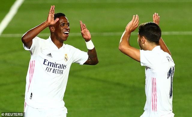 Real Madrid nhọc nhằn giành chiến thắng thứ 2 tại La Liga - 9