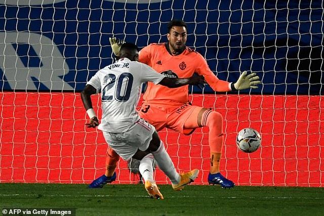 Real Madrid nhọc nhằn giành chiến thắng thứ 2 tại La Liga - 6