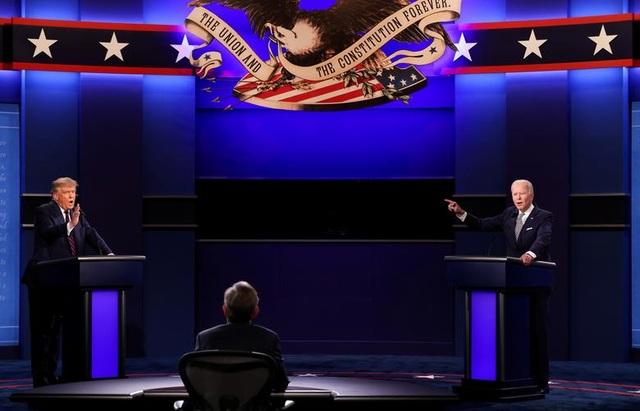 Nhà cái đặt cược ông Biden đắc cử sau cuộc tranh luận nảy lửa - 1