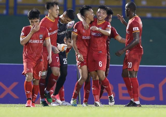 Thua B.Bình Dương, CLB Viettel mất cơ hội lên ngôi đầu bảng V-League - 4