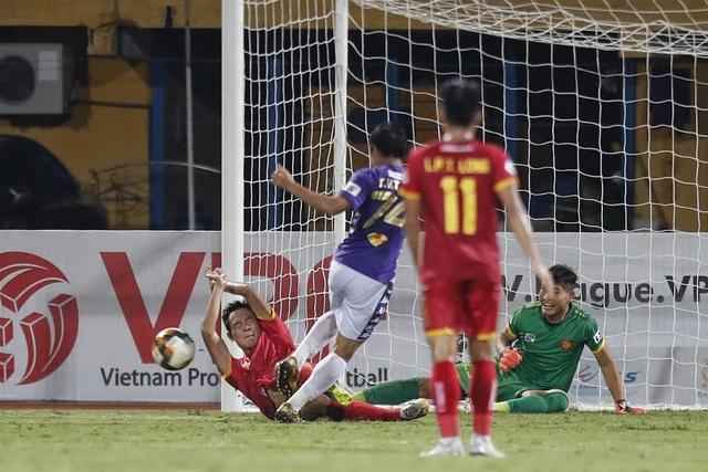 Quang Hải dự bị, CLB Hà Nội bị CLB Thanh Hoá cầm hoà trên sân nhà - 4