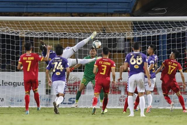 Quang Hải dự bị, CLB Hà Nội bị CLB Thanh Hoá cầm hoà trên sân nhà - 2