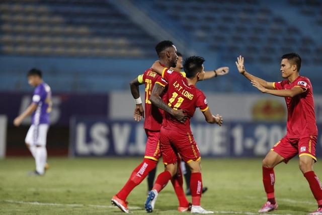 Quang Hải dự bị, CLB Hà Nội bị CLB Thanh Hoá cầm hoà trên sân nhà - 3