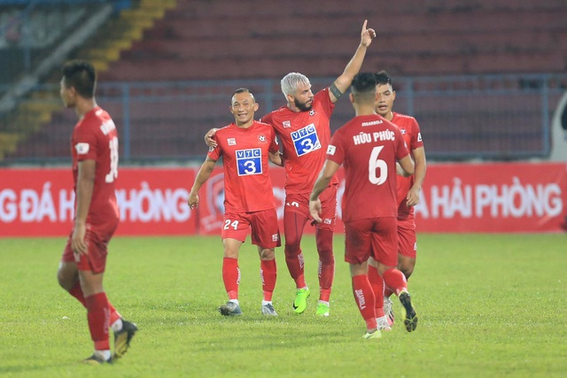 Thua CLB Hải Phòng, SL Nghệ An phải tranh suất trụ hạng - 3
