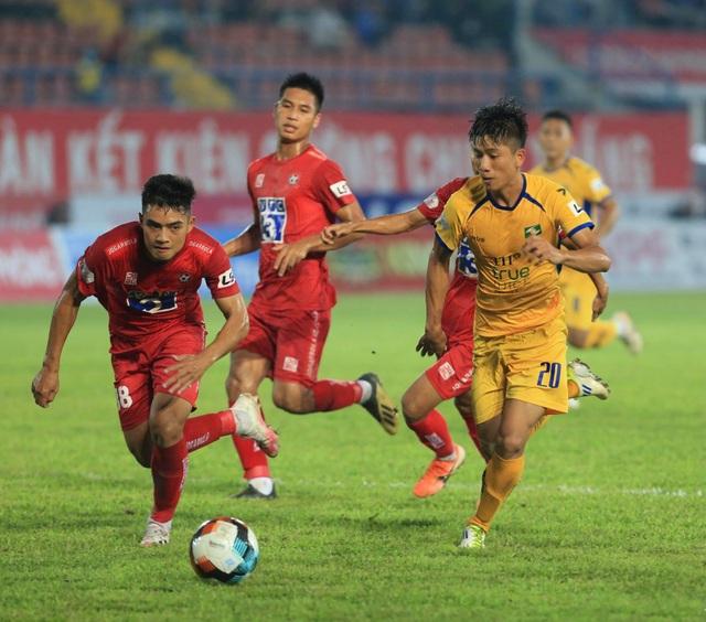 Thua CLB Hải Phòng, SL Nghệ An phải tranh suất trụ hạng - 4