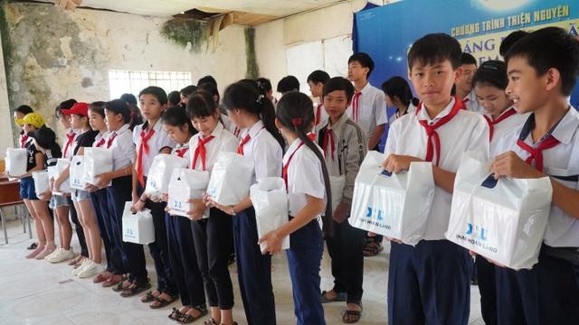 Khải Hoàn Land mang Trung thu ấm áp đến với vùng cao Đa Mi, Bình Thuận - 1