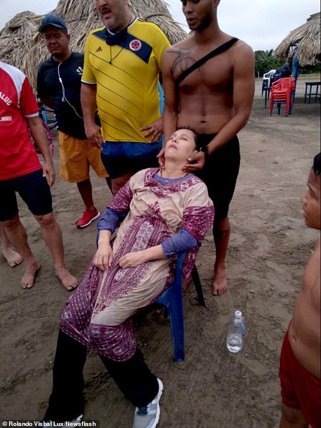 Phát hiện người phụ nữ còn sống trên biển sau 2 năm mất tích - 2
