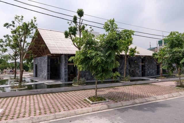 Độc đáo ngôi nhà như hang động làm từ vật liệu tái chế ở Hà Nam - 4