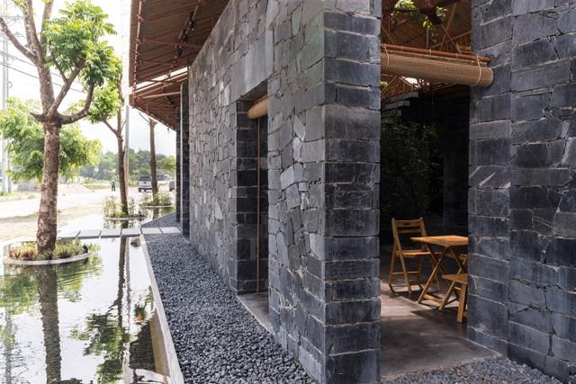 Độc đáo ngôi nhà như hang động làm từ vật liệu tái chế ở Hà Nam - 6