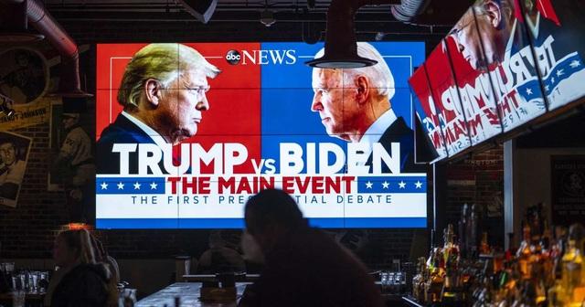 Hơn 73 triệu người theo dõi màn đấu khẩu Trump - Biden - 1