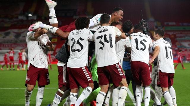 Arsenal đánh bại Liverpool ở loạt sút luân lưu - 2