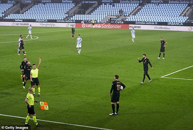 Messi ghi dấu ấn, Barcelona tiếp tục thắng đậm ở La Liga - 2