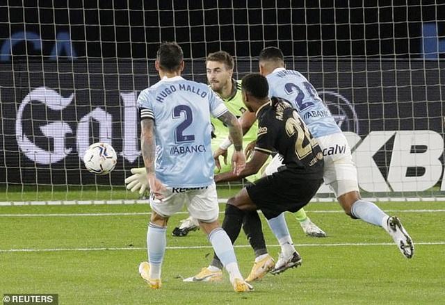 Messi ghi dấu ấn, Barcelona tiếp tục thắng đậm ở La Liga - 1