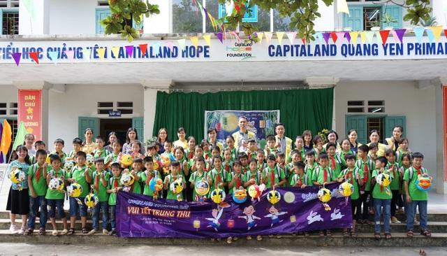 Hơn 1.400 học sinh CapitaLand Hope nhận quà và học bổng dịp Trung thu - 1
