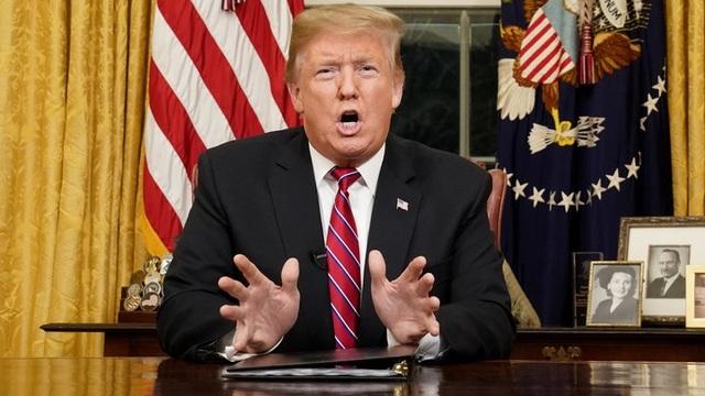 Nhà Trắng nói ông Trump vẫn đủ sức điều hành chính phủ dù mắc Covid-19 - 1