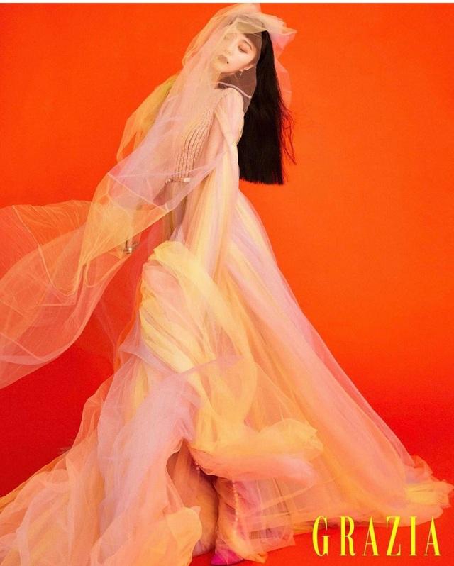 """Hình ảnh cá tính và cuốn hút của """"nữ hoàng giải trí"""" Phạm Băng Băng - 5"""