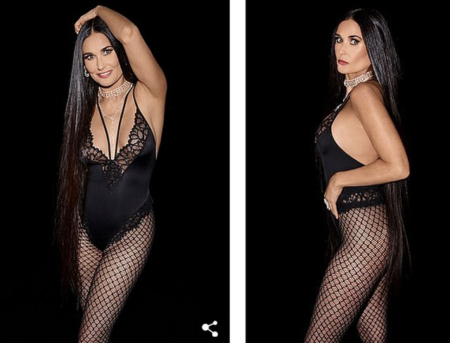 58 tuổi, Demi Moore vẫn tự tin mặc đồ mát mẻ - 1