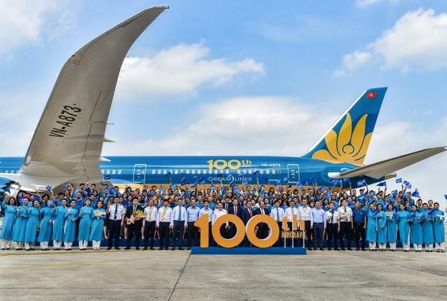 Vietnam Airlines - hãng hàng không Việt vươn tầm thế giới - 2
