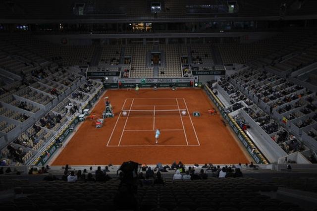 Roland Garros 2020: Nadal đè bẹp niềm hy vọng của Italia - 2