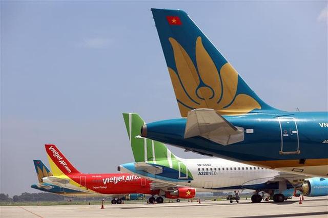 Khách nhập cảnh vào Việt Nam bằng đường hàng không gặp khó khăn gì? - 1