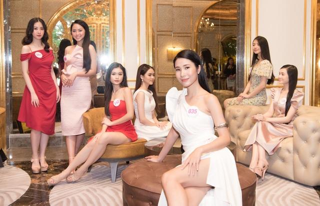 Thí sinh Hoa Hậu Việt Nam 2020 chuẩn bị bước vào vòng Bán kết - 2